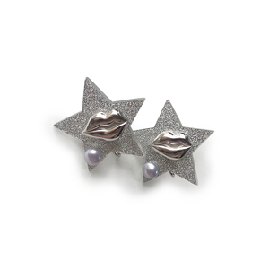 Silver Lip Star Earrings