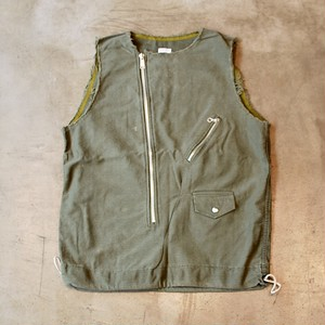OLD PARK LAUNDRY VEST RAIDERS