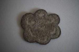 仲田梅佳|羊毛フェルトコースター くも 薄灰