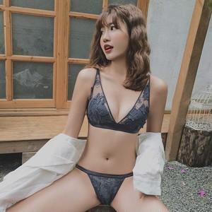 (ABカップ)【下着セット】セクシー刺繍ワイヤーなしブラ&ショーツセット16006956