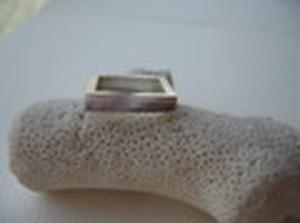 四角 Ring