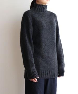 【予約販売】手編み機で編んだカシミヤ糸(NO.4)のセーター(CAA-923)