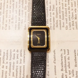 OLD GUCCI leather belt watch
