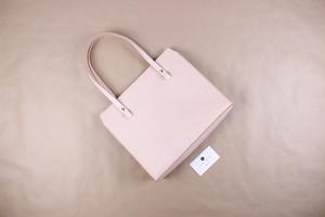 JAPAN LANSUI DESIGN 名入れ対応 ヌメ革手作り手縫い ハンドバッグ 品番J8DSJFI3F