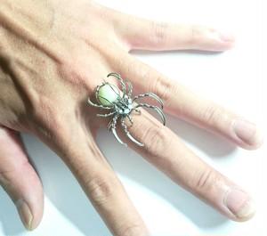 蜘蛛 蓄光リング