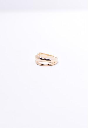 beside ring /gold