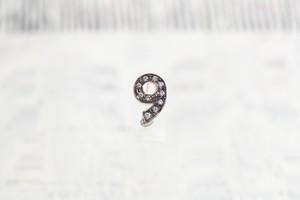 数字 シングルピアス  SV925 Numéro diamant 9