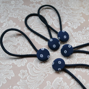 【C】VINTAGE CHANEL FABRIC Walnut button HAIR TIE NAVY