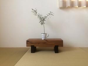 【セール開催】どっしり木製飾り台☆花台