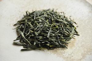 日野荒茶 2020 / 毎日の煎茶 < 満田久樹作 在来種 >