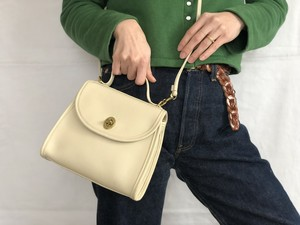 """AMERICA 1990's OLD COACH """"Off White Leather"""" Shoulder bag"""