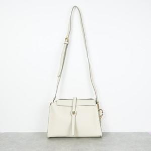 WOMEN バッグ ショルダーバッグ 台形 ホワイト
