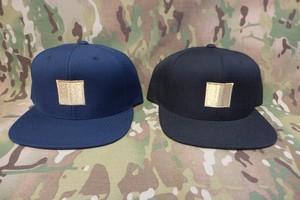 GOLD SNAPBACK CAP