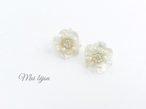 Mini shell flower pierce*