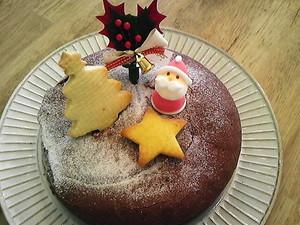 hugのクリスマス しっとりチョコレートケーキ