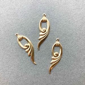 USA真鍮 バチカン付き風羽フープチャーム