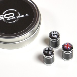 バルブキャップ(CARBON FIBER CHROME VALVE STEM CAPS)