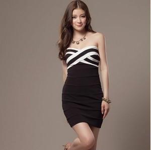 ベアトップ セクシーワンピース 春 ミニ 全2色 ドレス