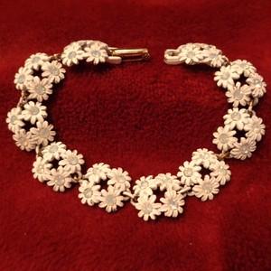 """CELEBRITY"" Flower bijou  bracelet フラワービジューブレスレット"
