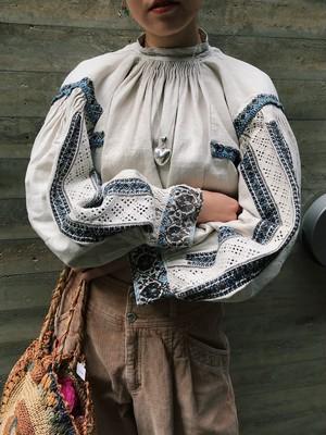 Antique Rumania white line blouse ( アンティーク ルーマニア ホワイト コットン ブラウス )