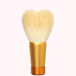 ハート型洗顔ブラシ 中 ホワイト/ゴールド軸