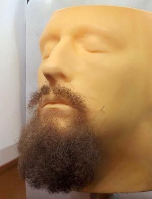 高品質 カナダ製 付け髭 No.41 人毛100% 髪製髭 ウィッグ 職人手作り品です。