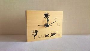 木の置き時計 ココペリ と 太陽