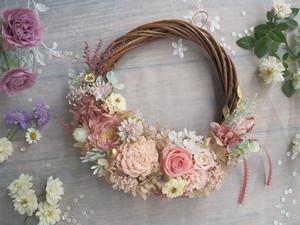 Lune Bonheur<Rose saumon>*ハーフムーンリース*プリザーブドフラワー*お花*ギフト*結婚祝い*新築祝い*お誕生日祝い*ウェディング