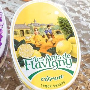 缶がかわいい昔から人気のフランスのアニスのレモンキャンディー