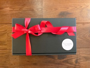 Gift box black M  (for waffle 8piece)