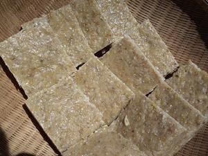 雑穀入り玄米餅 一升(板状)