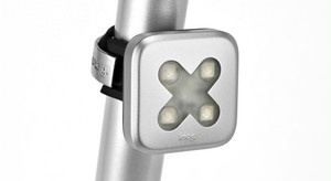 "Knog Blinder Lights-4 ""CROSS"" SILVER REAR パッケージ焼けの為、大特価!!"