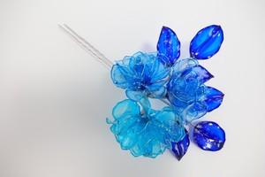 青いバラの簪