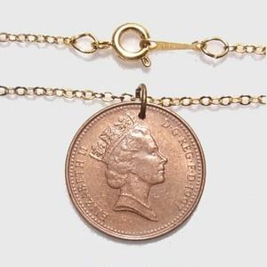 イギリスのエリザベスコイン(1ペニー)のペンダントネックレス ヴィンテージアクセサリーのセール通販  4545N