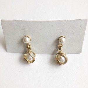 caged pearl dangle pierce[p-581]