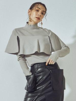 【予約商品・納期10月下旬~】UN3D. CAPE LIKE KT TOP