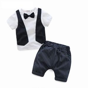 100サイズ ★フォーマル風Tシャツ&ショート丈ズボン♪