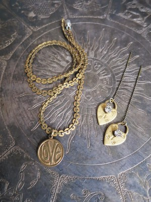 チャームネックレスLOVE vintage necklace charm <NE1-1219>