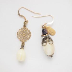 < Earrings >P-925
