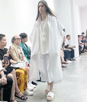 HED MAYNER - Square Buttoned Shirt - HMS601_WHT - WHITE OVERSIZED LONG SHIRT