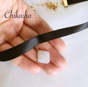 【Black flower】ホワイトチョーカー