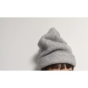霞創るニット帽
