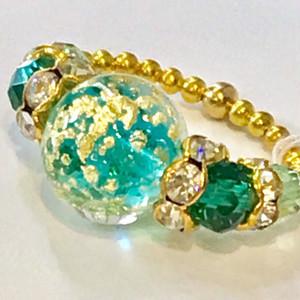 Item455 宇宙みたいなヴェネチアンガラスのリング エメラルド&ゴールド