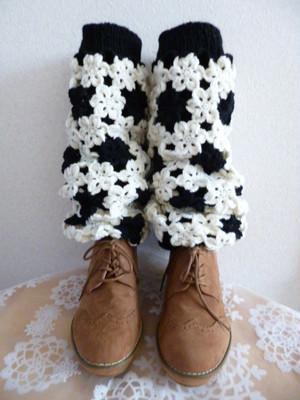 レッグウォーマー メリノウール100% 白×黒 手編み