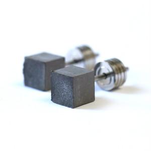 22designstudio Cube Earring (Original) イヤリング CE04000