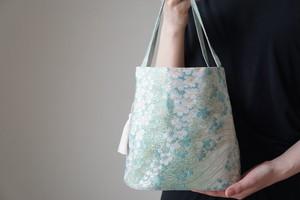【桜模様 グリーン シルク帯 コロンとしたミニバック】日常使い、結婚式、パーティーに。