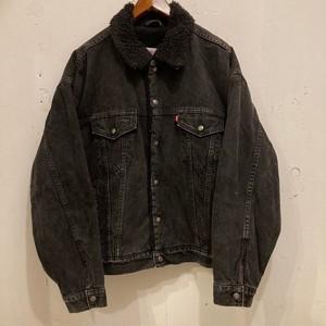 "90's ""Levi's"" Black Denim Boa Jacket"