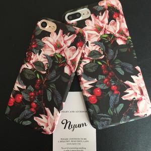 【iphone7/8/7plus/8plus/SE/iPhoneカバー】エレガントブロッサムiPhoneケース 花柄 フラワー