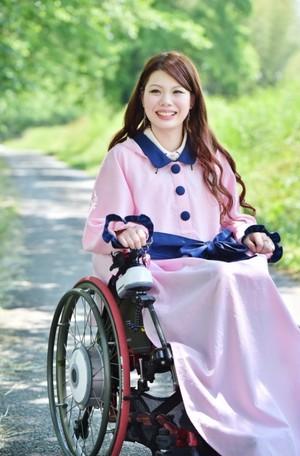 【サイズオーダー】モデルYUKI×EspritRobe 車椅子レインコート