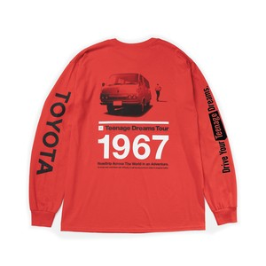"TOYOTA ""HIACE 1967"" Long Sleeve - Red"